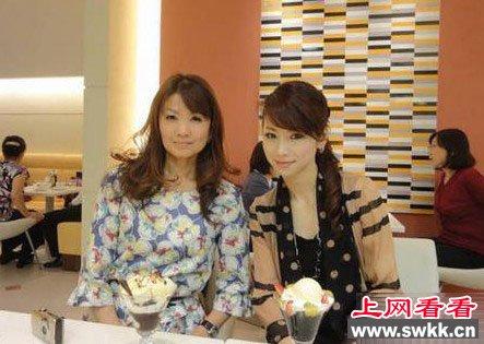 日本不老仙妻43岁堪比美艳少女图